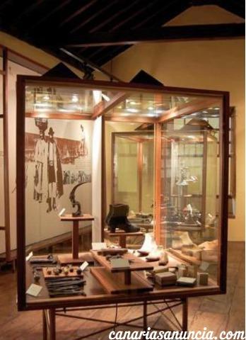 Casa Lercaro (Museo de Historia y Antropología) - 415.jpg