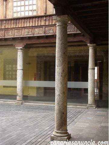Casa Lercaro (Museo de Historia y Antropología) - 417.jpg