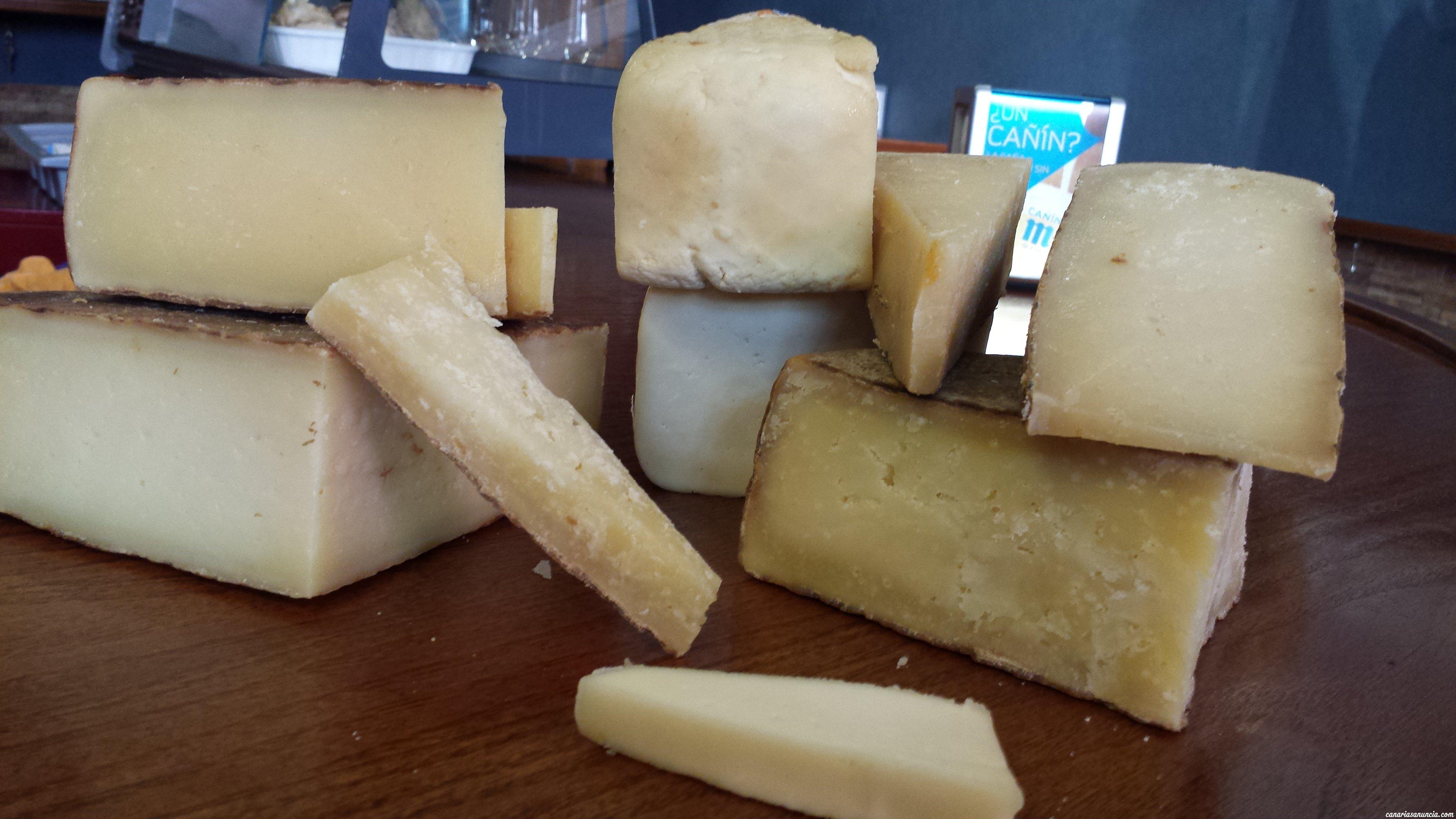 La Travesia de Triana - Variedad de quesos