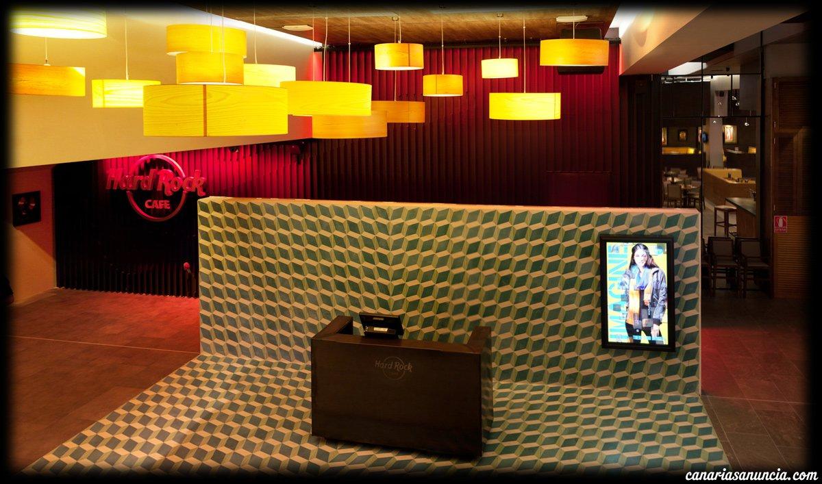 Hard Rock Cafe - Stitched Panorama