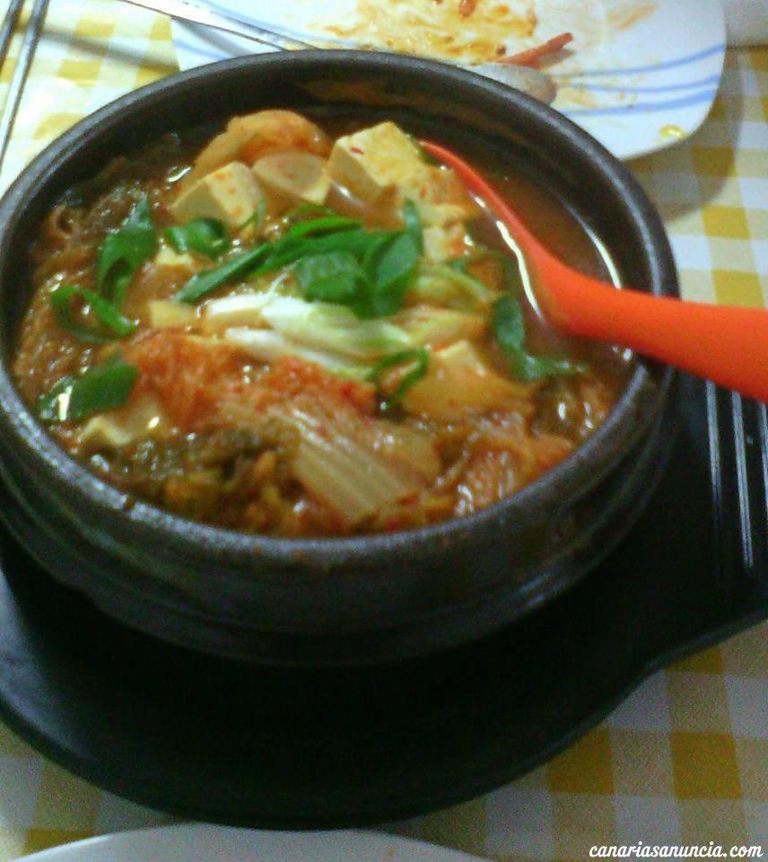 Kim's Pojangmacha - Sopa de Kimchi